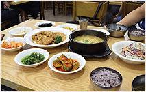 남원골 누룽지 돌솥밥(사진)